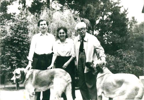 1973 - Casa Grande de Xanceda - con su esposo e hijo