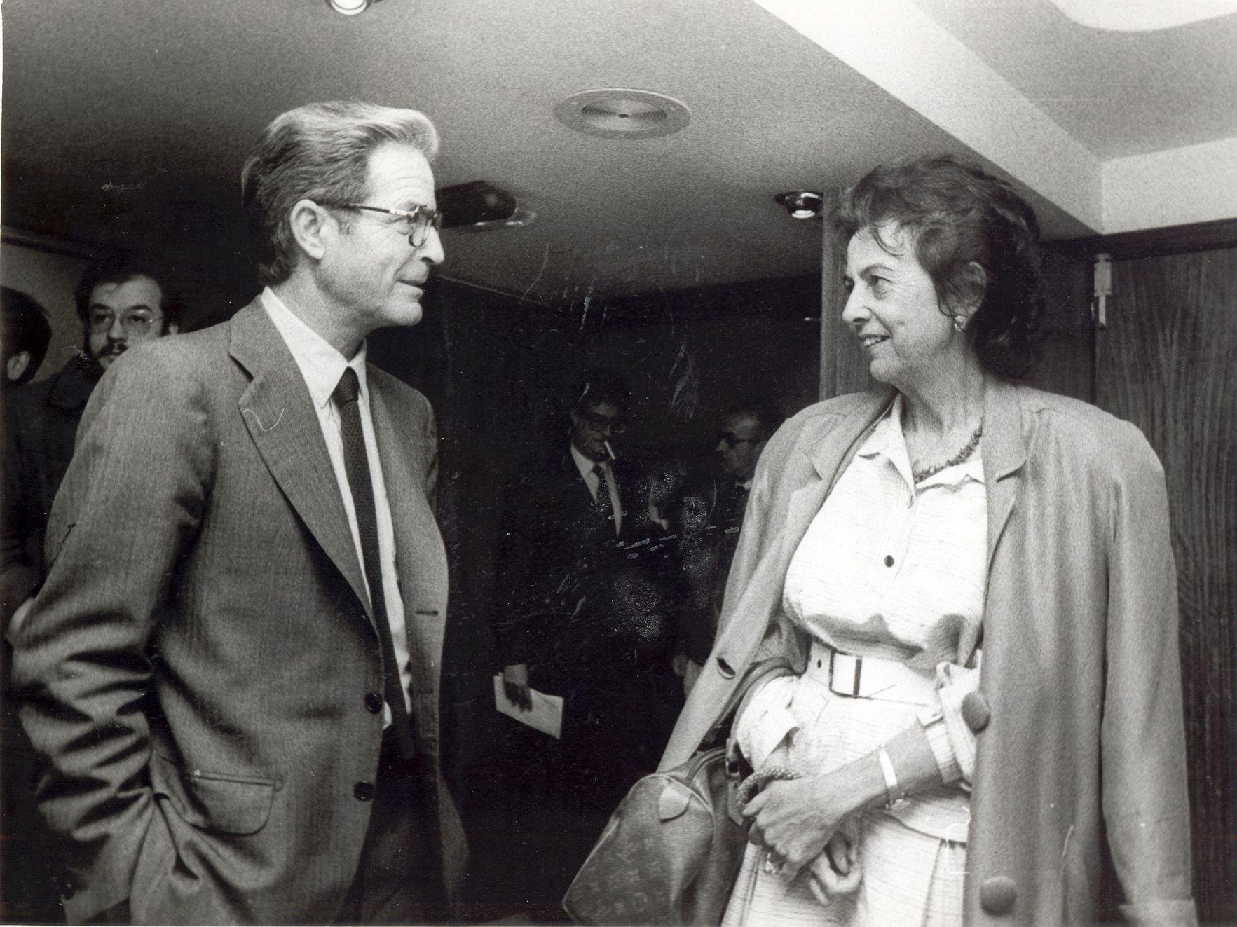 1986 - Conversando con Antonio Garrigues Walker - Material cedido por El Correo Gallego.